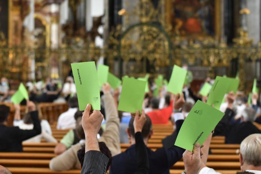 Jahresbericht und Jahresrechnung 2020 wurde durch das Katholische Kollegium genehmigt. Aufnahme: Regina Kühne